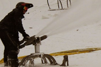 Snowmaking – The Science; Blue's Got it